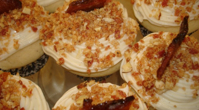 Cream cheese frosted maple cupcakes with bacon topping foodie recipe