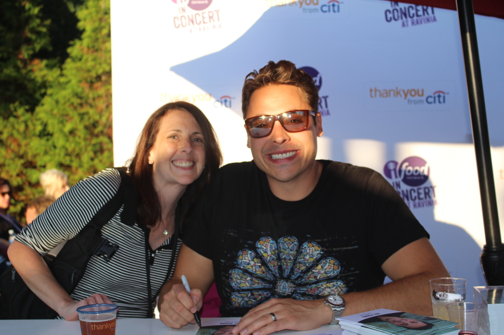 Jeff Mauro (I also met his Dad while waiting and he was just awesome!)
